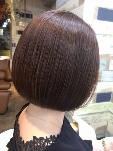 湿気対策【髪質改善】ストレートがオススメ♪